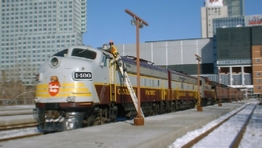Royal_Canadian_Pacific_at_Windsor_Station-7.jpg